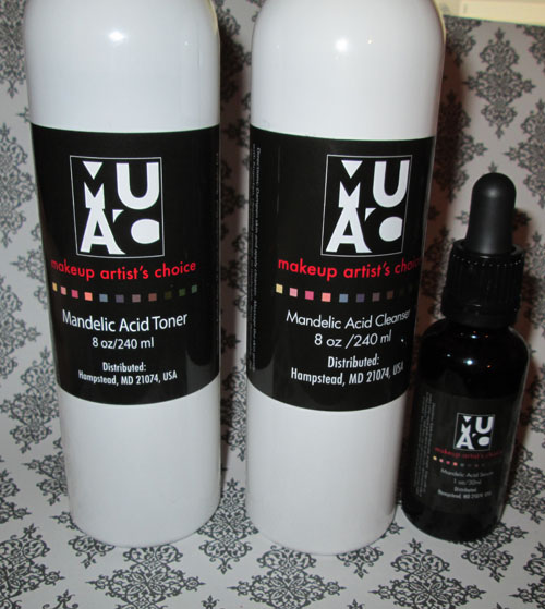 Makeup artist choice mandelic acid toner