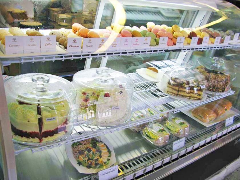 Dessert Shelf
